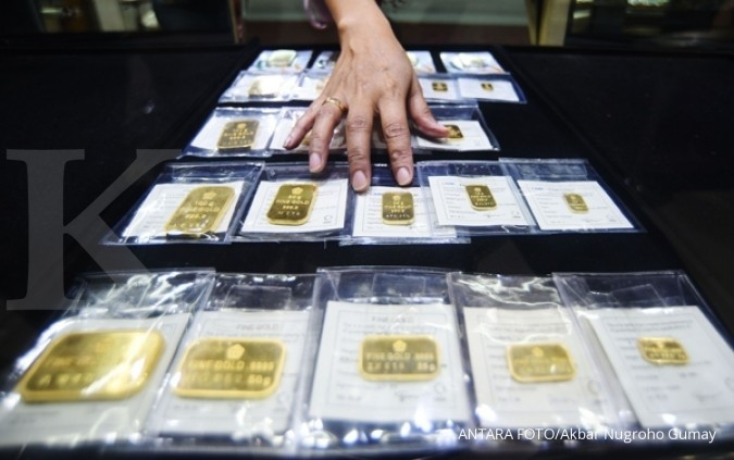 Harga jual emas Antam naik Rp 2.018