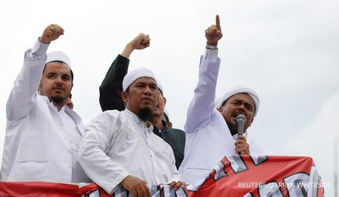 Surati Jokowi, pengacara Rizieq minta kasus distop