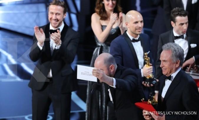 Moonlight menjadi film terbaik Oscar 2017