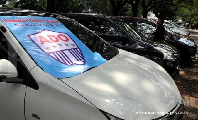 Taksi online akan dikenai batas tarif bawah atas