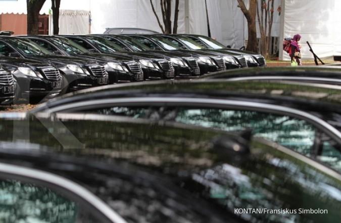 Pejabat juga ada yang tunggak pajak mobil mewah
