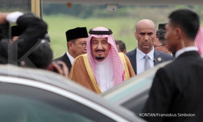 Raja Salman Shalat Jumat di Hotel St Regis