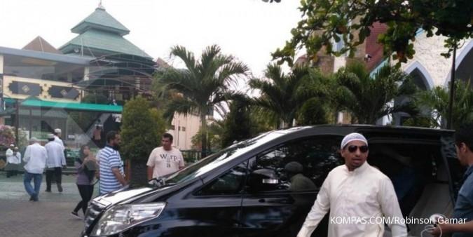 Rombongan Raja Salman shalat di Masjid Ibnu