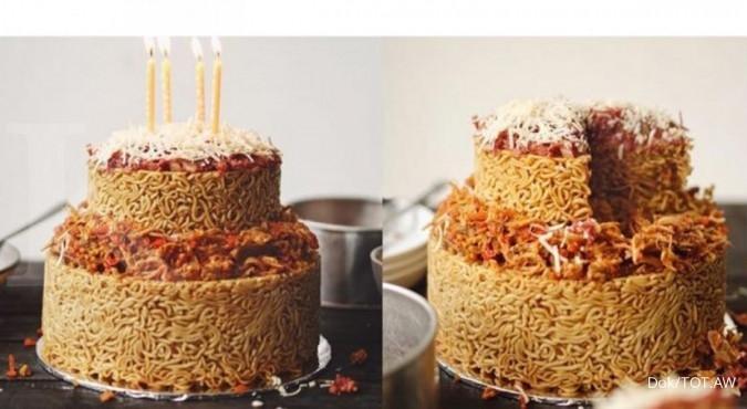 Hits di Jakarta, kue ultah dari Indomie Goreng