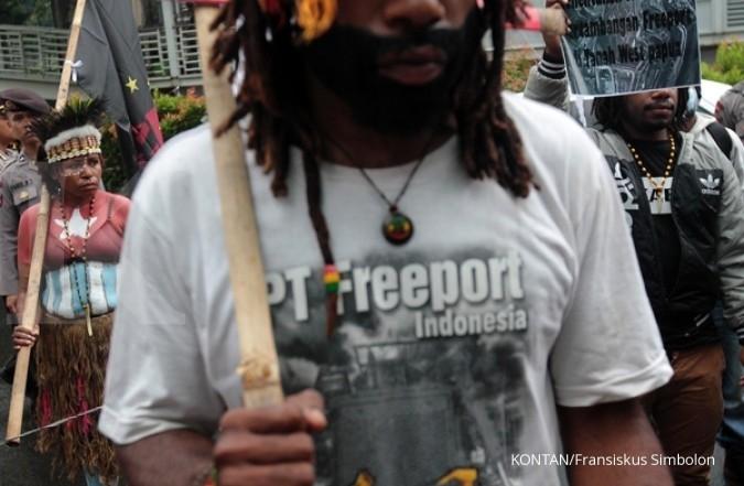 Gubernur Papua laporkan Freeport ke Jokowi