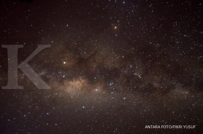 Black hole raksasa sembunyi dekat pusat Bimasakti