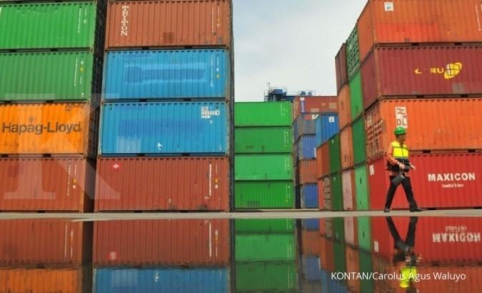 Bea Cukai gagalkan ekspor tekstil plus plastik air