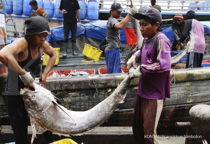 Lobster fishermen voluntarily switch occupations