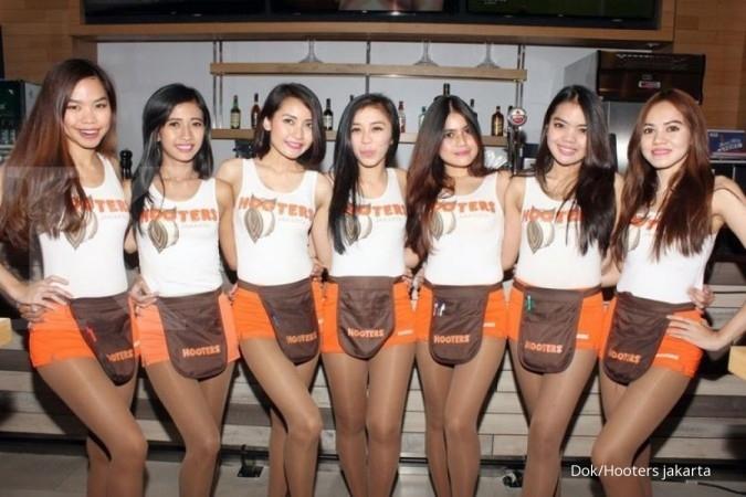 Jadi Hooters Girls pasti jalan-jalan ke Thailand