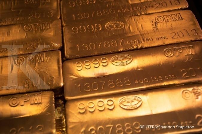 Emas jatuh ke level terendah tiga pekan