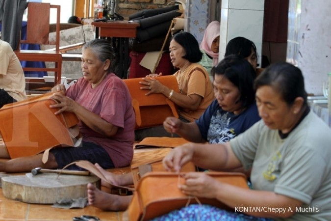 Ekonomi Indonesia hidup dari usaha mikro kecil