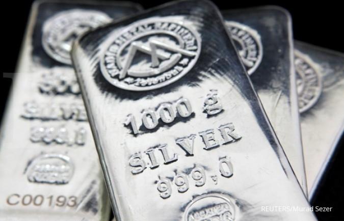 Penguatan dollar AS menekan harga perak