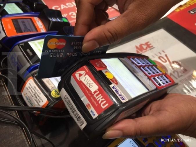Bisnis kartu kredit belum menggigit di tahun ini