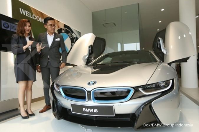 BMW garap hibrida di pinggiran Jakarta