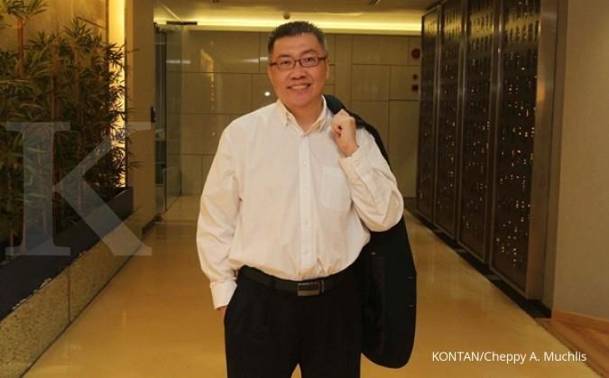 Hendra Martono, jadi pedagang dan peternak saham