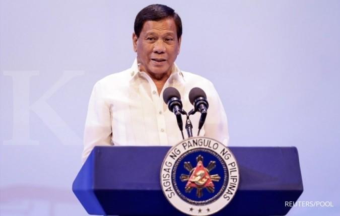Duterte kunjungi kapal perang China di Davao
