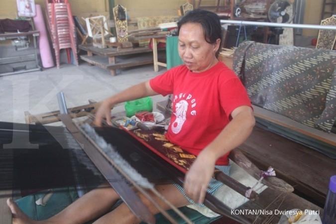 Mengintip produksi songket di Gelgel, Bali (3)