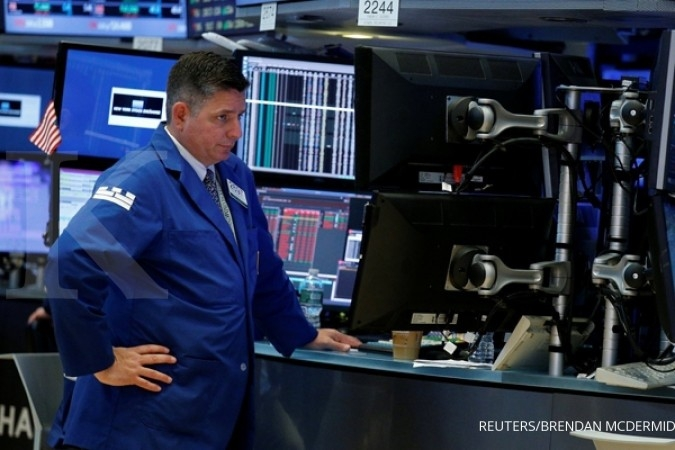 Wall Street dibuka naik karena gaduh Trump meredup