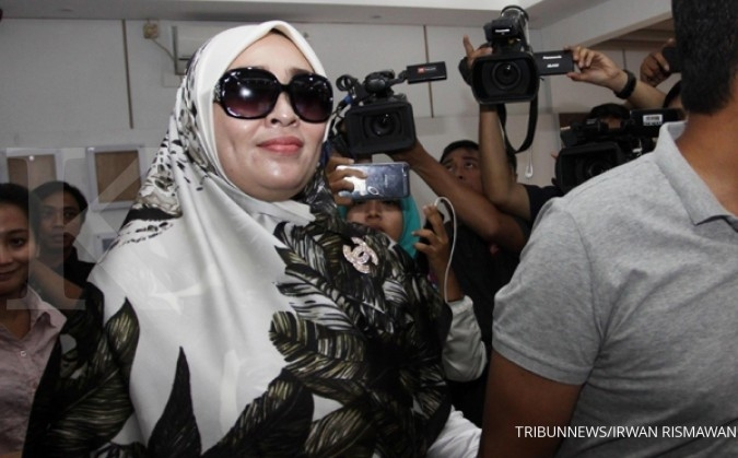 Tiba-tiba, Firza Husein muncul di Balai Kota
