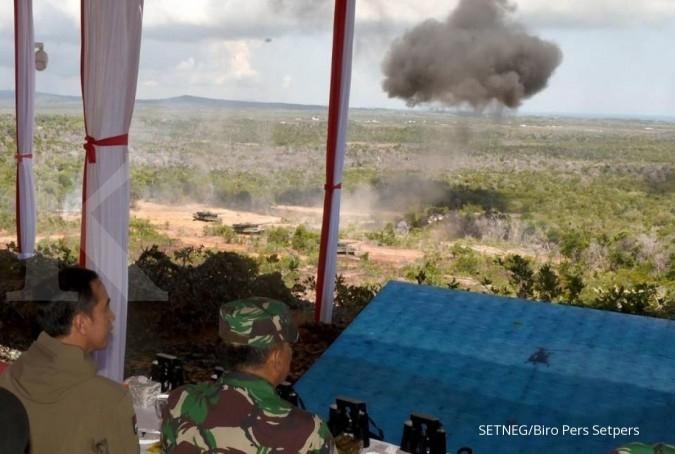 Jokowi pamerkan kesolidan TNI