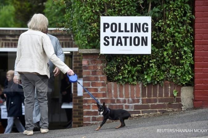 Hari ini, saatnya warga Inggris memilih