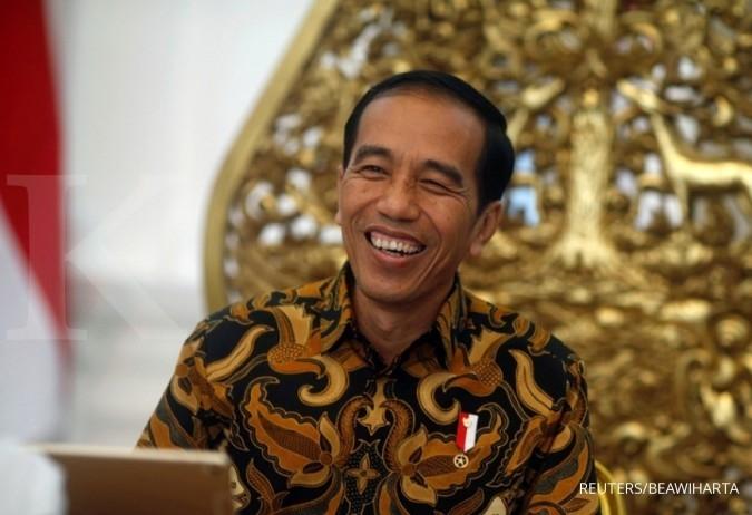 Di Banjarmasin, Presiden bagi-bagi sembako