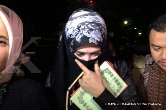 4 bulan, berkas Firza Husein belum juga lengkap