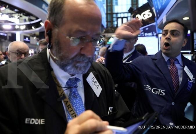 Wall Street memerah terpicu saham ritel