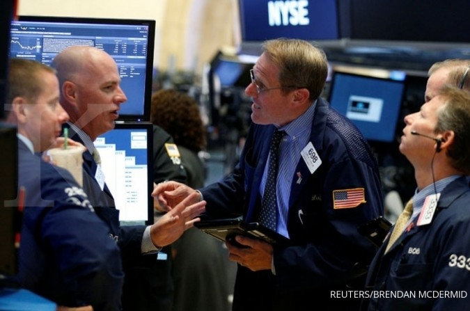 Wall Street rebound di akhir pekan