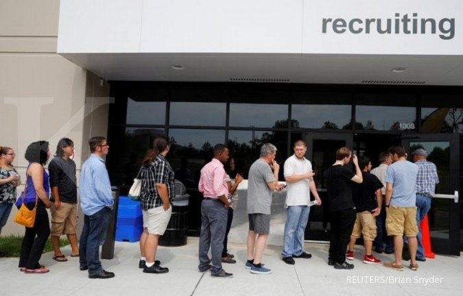 U.S. jobless claims unexpectedly increase for fourth straight week