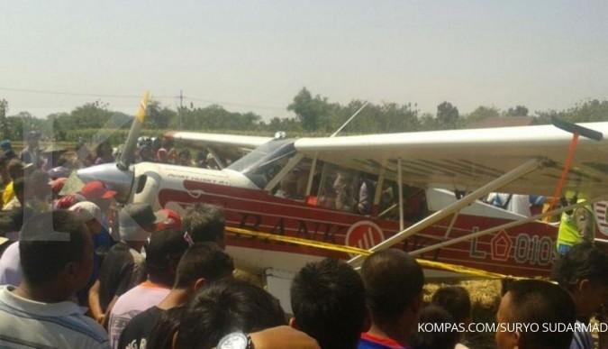 Pesawat Aviat Husky mendarat darurat di Ponorogo