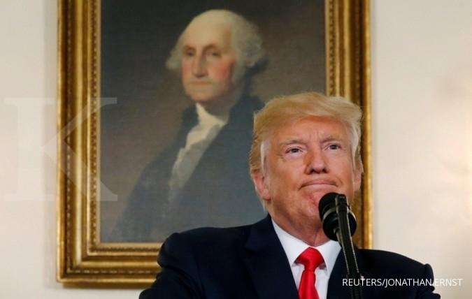 Dua dewan penasihat bisnis Trump bubar