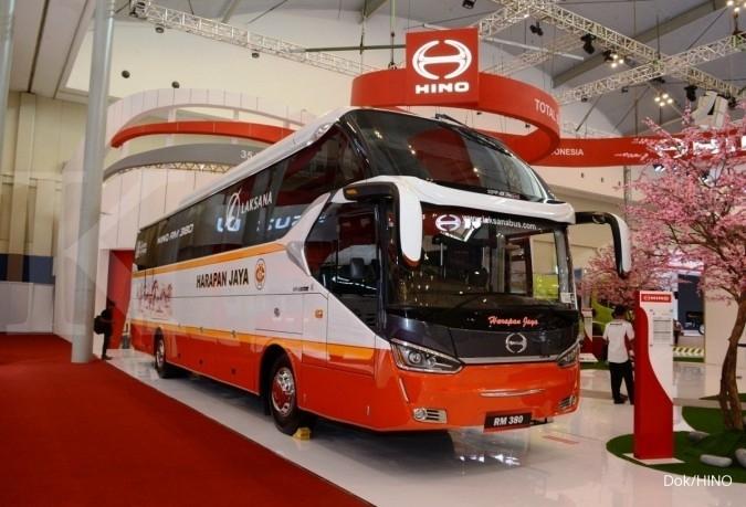 Hino perkenalkan Bus RM 380 di GIIAS 2017