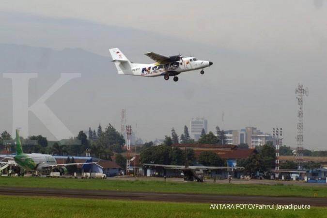 Pesawat N219 terbang perdana di langit Bandung