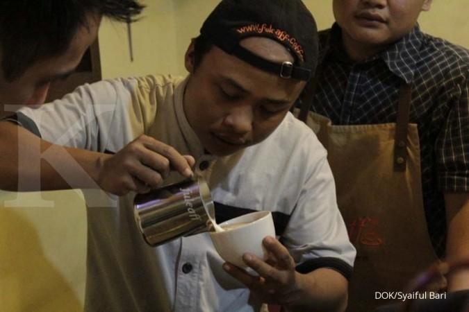 Bisnis kopi Syaiful Bari berawal dari minum kopi