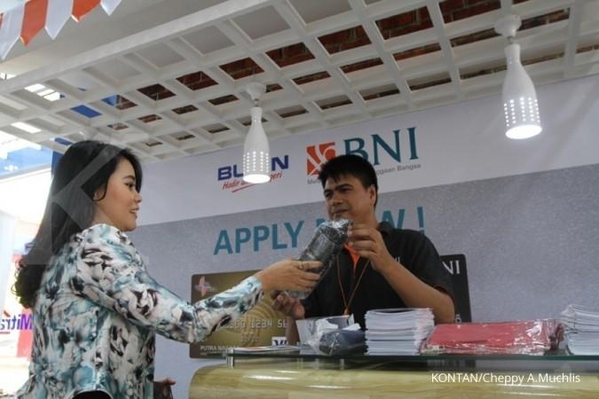 BNI: Penurunan kartu kredit permintaan nasabah