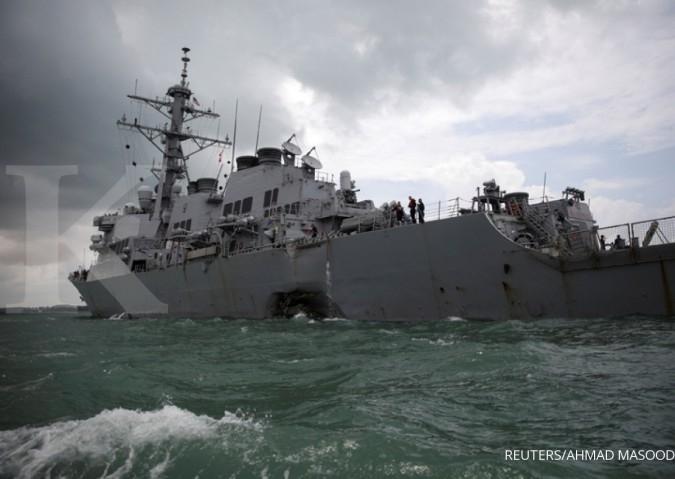 Kapal AS tabrak tanker di perairan Singapura