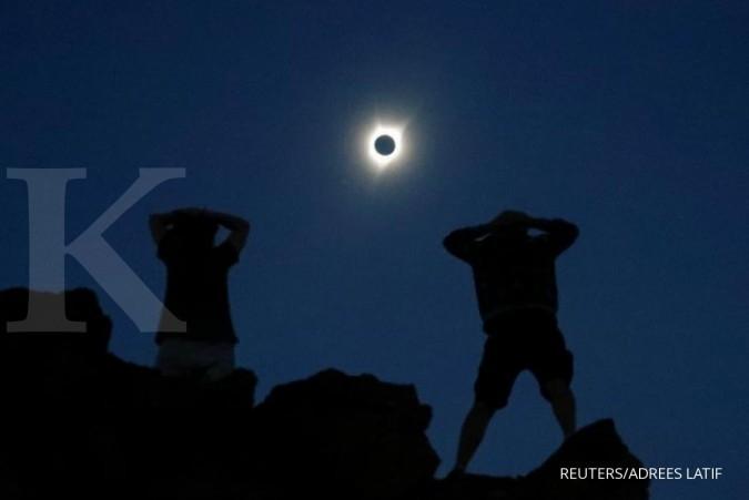 Badai matahari terkuat menuju bumi, mematikan?