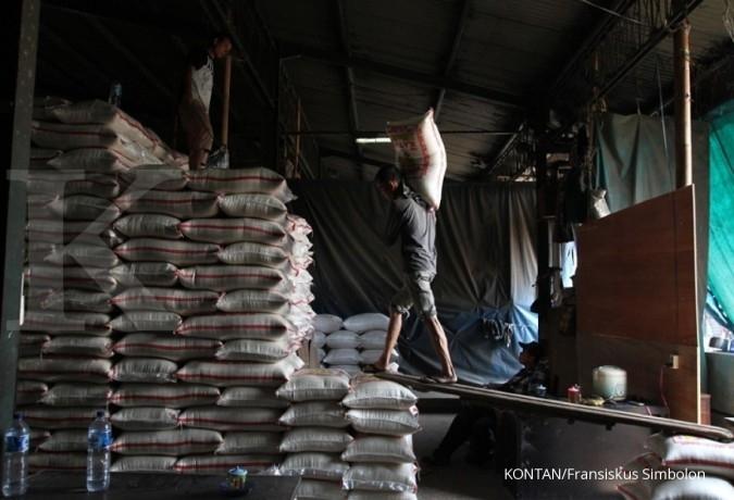 Shifting beras mengerek harga meski stok aman