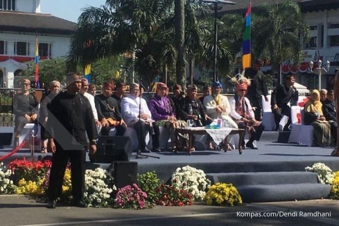 Ini arti penutup kepala Makuta Sinatria Jokowi