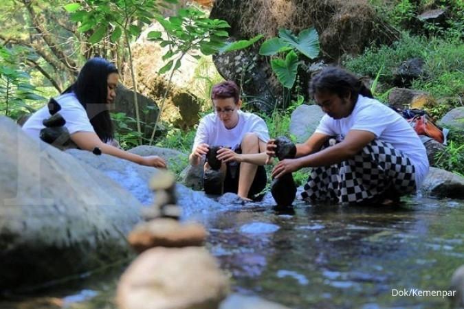 Festival Gravitasi Bumi di Ngawi bius ribuan orang