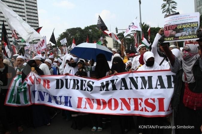Jakarta diramaikan belasan aksi unjuk rasa