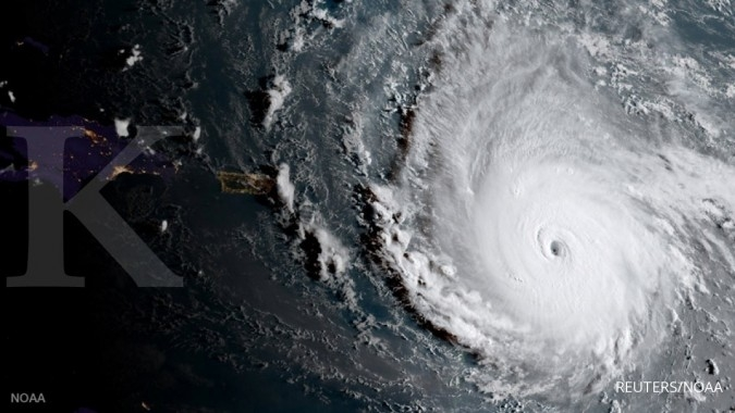 Badai Irma, ribuan penerbangan 4 benua dibatalkan