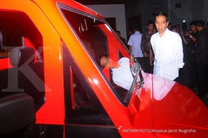 Jokowi tinjau produk mobil dalam negeri di Klaten