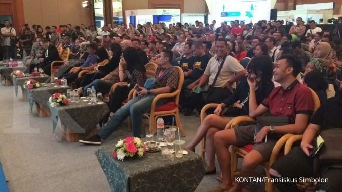 Ratusan masyarakat ikut lelang mobil sitaan KPK