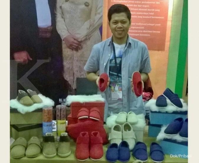 Merajut omzet puluhan juta dari sepatu serat alam