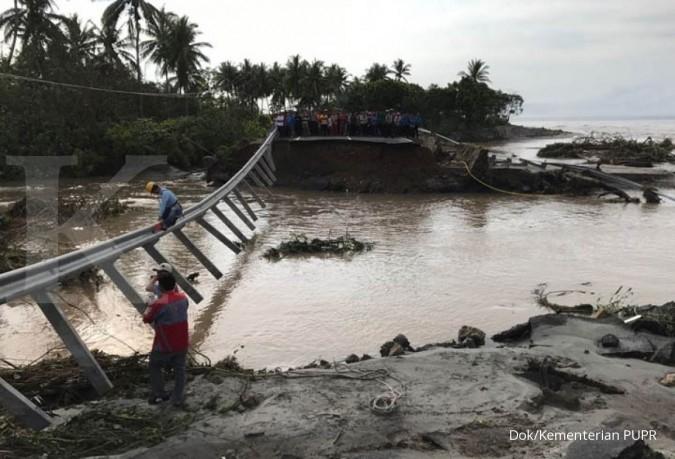 Jalan Lampung ambles, PUPR kirim jembatan Bailey
