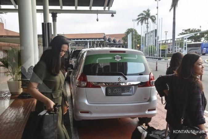 Sopir taksi online wajib punya SIM A umum
