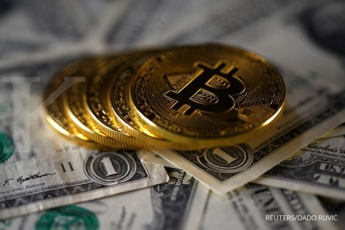 Bitcoin slips to around US$ 16.300 on Tuesday