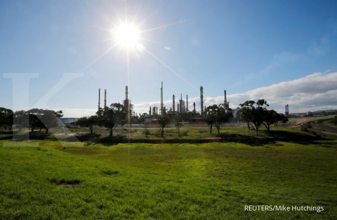 Laju harga minyak masih tersendat
